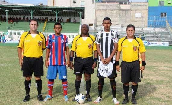 A equipe sub-15 do Bahia venceu o Santos por 2 a 1 na manhã deste domingo ecf8034b00b01