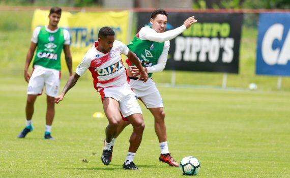 1b0c1895a2 ... o elenco do Bahia encerrou a preparação para enfrentar o Atlético-MG. A  partida